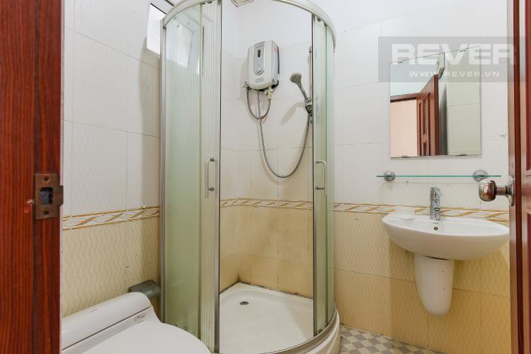 Phòng Tắm 2 Căn hộ Orient Apartment 2 phòng ngủ tầng thấp hướng Đông Bắc