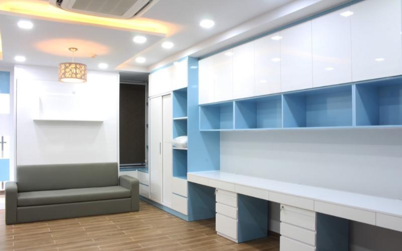 Phòng khách Kingston Residence, Phú Nhuận Căn hộ Kingston Residence tầng cao, ban công hướng Tây thoáng mát.