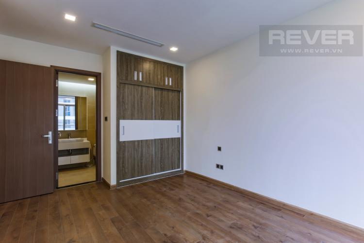 Phòng Ngủ 2 Căn hộ Vinhomes Central Park tầng trung Park 2 mới bàn giao, view sông thoáng mát