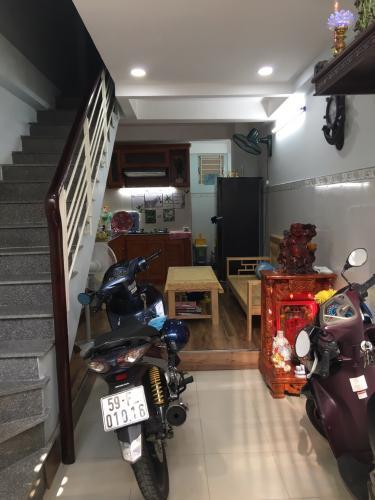 ebf325d8e6f018ae41e1 Nhà hẻm Nguyễn Đình Chiểu, diện tích 3x9m, nội thất cơ bản.