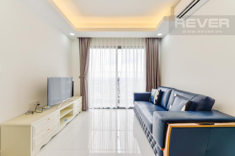 phòng khách Căn hộ Masteri Thảo Điền tầng cao T1 view về sông và khu Thảo Điền