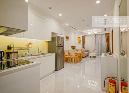 Bán căn hộ Vinhomes Central Park 1PN, diện tích 53m2, đầy đủ nội thất, view Landmark 81