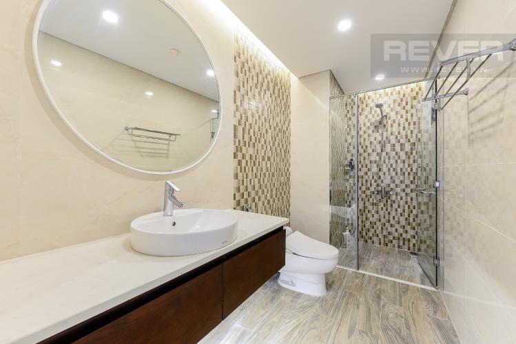 Phòng tắm 2 Căn hộ Vinhomes Central Park tầng thấp C1 thiết kế đẹp, đầy đủ tiện nghi