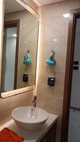 Phòng tắm Vinhomes Central Park Căn hộ Vinhomes Central Park tầng cao hướng view nội khu yên tĩnh