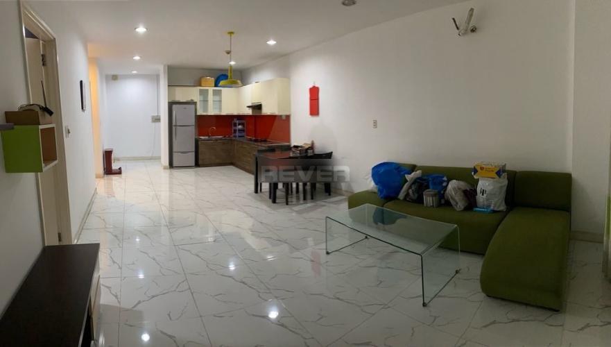 Căn hộ Carina Plaza hướng Nam, đầy đủ nội thất.