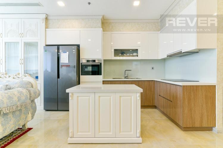 Phòng bếp căn hộ VINHOMES GOLDEN RIVER Bán hoặc cho thuê căn hộ Vinhomes Golden River 3PN, đầy đủ nội thất, view sông Sài Gòn và Bitexco