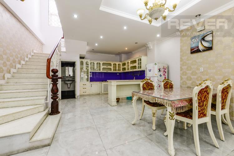 Bếp Nhà phố 9 phòng ngủ đường Võ Trường Toản, Thảo Điền