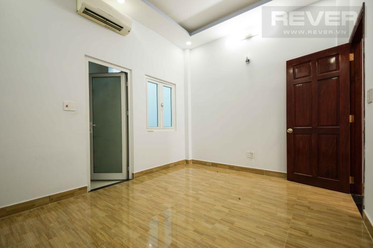 Phòng Ngủ 4 Bán nhà phố 4 tầng đường Nguyễn Trung Nguyệt, Q2, diện tích đất 186m2, cách đường Nguyễn Duy Trinh 150m