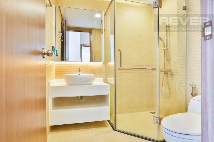 Phòng tắm 1 Căn hộ Vinhomes Central Park tầng cao tháp Park 5 thoáng mát