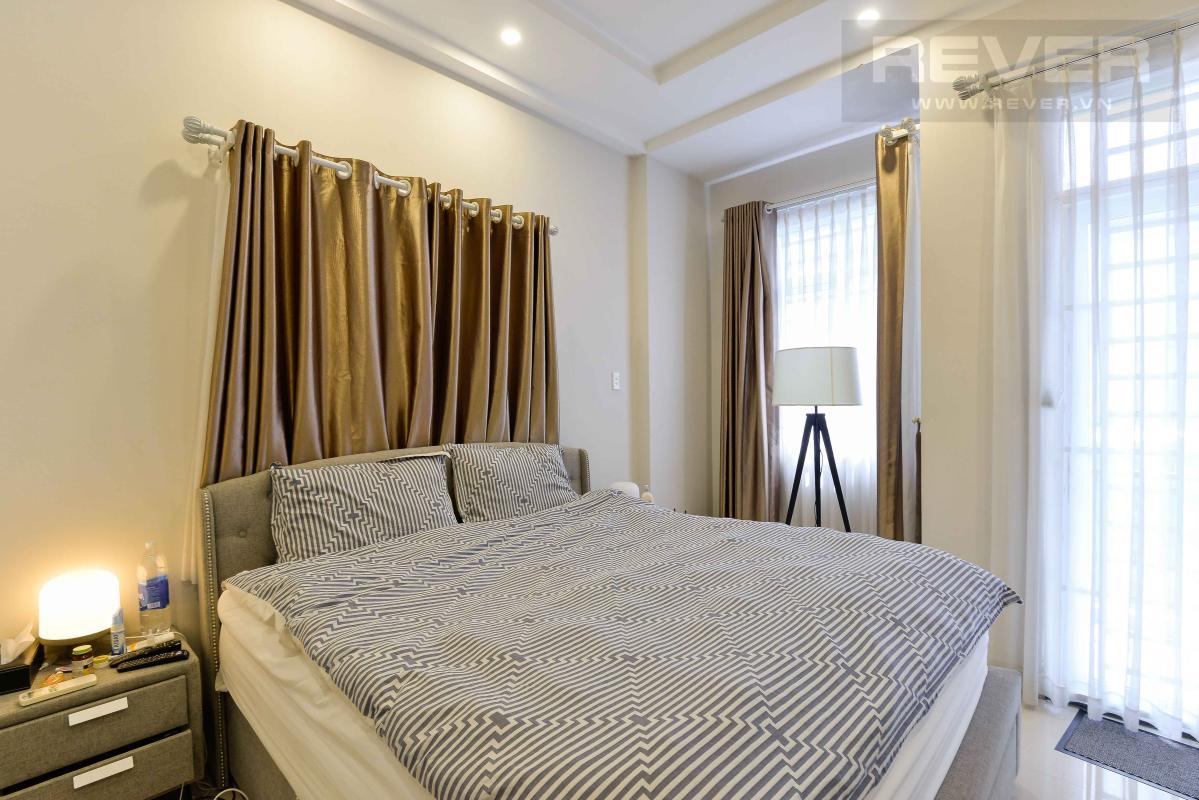 204f7370a48342dd1b92 Bán nhà phố 4 tầng hẻm Nguyễn Thần Hiến Quận 4, diện tích đất 44m2, đầy đủ nội thất