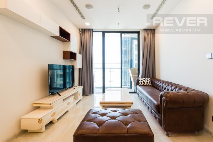 Phòng khách Căn hộ Vinhomes Golden River tầng cao 1PN, nội thất đầy đủ