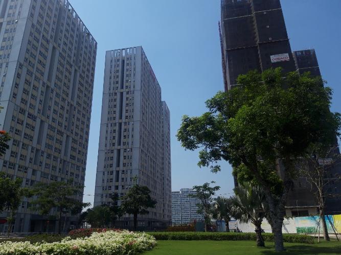 View căn hộ CitiSoho Bán căn hộ CitiSoho, diện tích 54.7m2 - 2 phòng ngủ, tầng thấp, không có nội thất, cửa hướng Đông Nam.