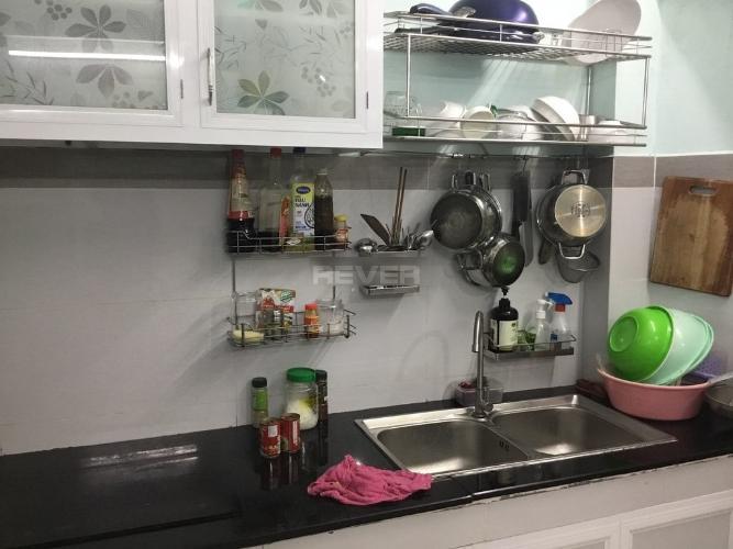 Phòng bếp nhà phố Nguyễn Xí, Bình Thạnh Nhà phố hướng Đông Nam hẻm xe hơi, khu dân cư an ninh.