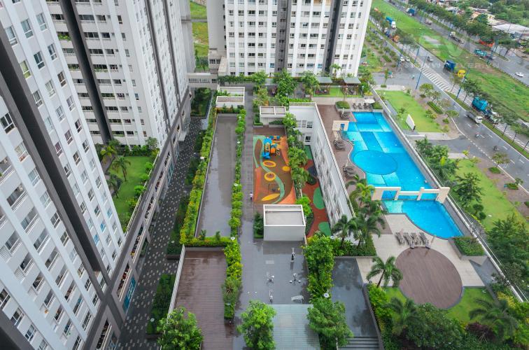 View Căn hộ Lexington Residence tầng trung LA, 2 phòng ngủ, view về hồ bơi nội khu