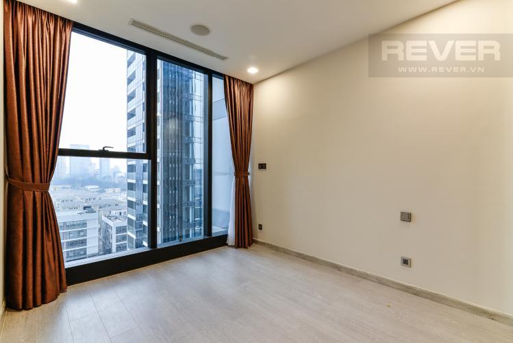 Phòng Ngủ Officetel Vinhomes Golden River tầng trung Aqua 4 view sông