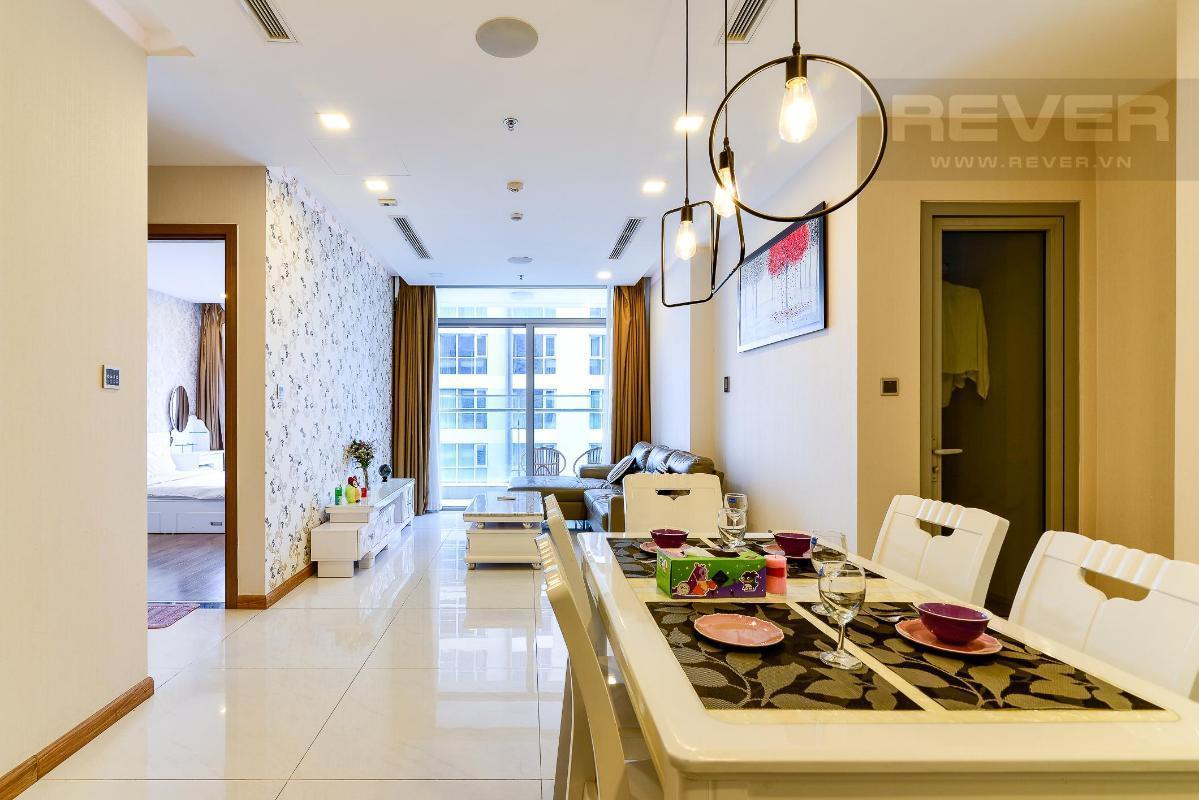2 Cho thuê căn hộ Vinhomes Central Park 2PN, diện tích 85m2, đầy đủ nội thất, view mé sông và công viên