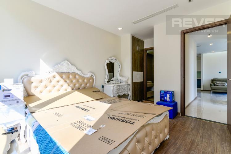 Phòng Ngủ 1 Cho thuê căn hộ Vinhomes Central Park tầng cao, 3PN đầy đủ nội thất, tiện nghi, view sông thoáng mát