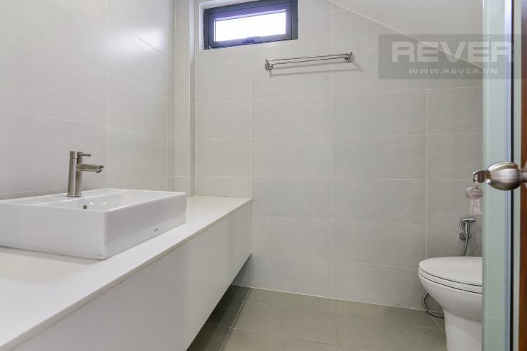 Phòng Tắm Tầng 1 Nhà phố mặt tiền đường Lê Văn Sỹ Quận 3 tiện kinh doanh