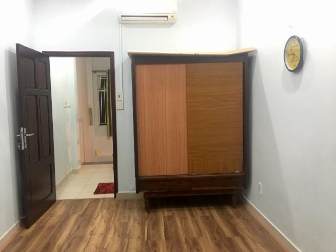 55e25744956c6b32327d Nhà hẻm Nguyễn Đình Chiểu, diện tích 3x9m, nội thất cơ bản.