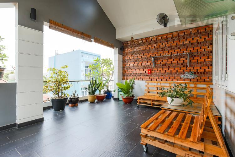 Sân Thượng Nhà phố 3 phòng ngủ đường Dương Bá Trạc Quận 8
