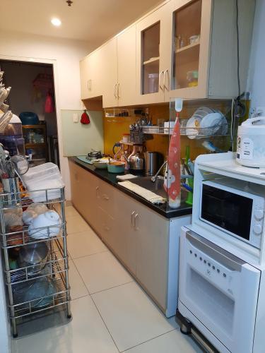 Phòng bếp The Harmona, Tân Bình Căn hộ The Harmona tầng cao hướng Đông, view thành phố.