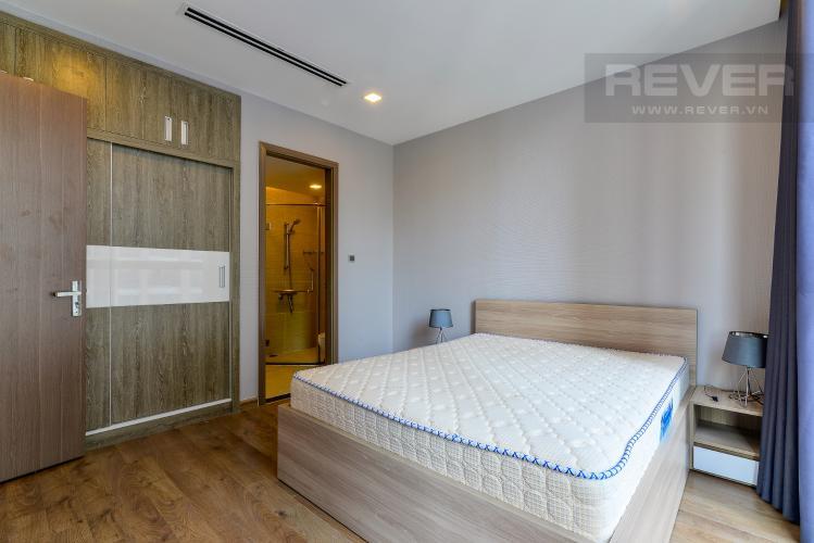 Phòng  Ngủ 1 Bán và cho thuê căn hộ Vinhomes Central Park 2 phòng ngủ tầng cao tháp Park 1, view sông mát mẻ