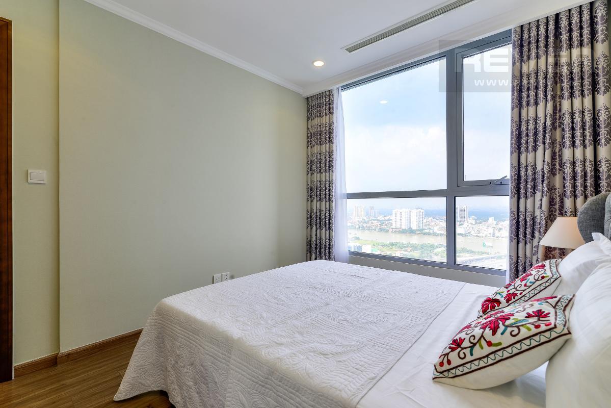 _DSC3979 Bán căn hộ Vinhomes Central Park 1PN, tháp Landmark 3, diện tích 54m2, đầy đủ nội thất, view sông