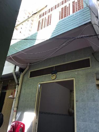 Mặt tiền nhà phố Quận 1 Nhà phố trung tâm Quận 1 khu phố an ninh yên tĩnh, hướng Tây Bắc.