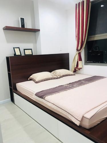 Căn hộ Saigon South Residence  Căn hộ Saigon South Residence ban công hướng Đông, đầy đủ nội thất.