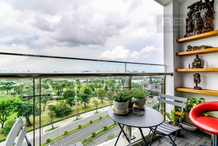 Balcony Bán căn hộ Vinhomes Central Park 4PN, đầy đủ nội thất, có thể dọn vào ở ngay