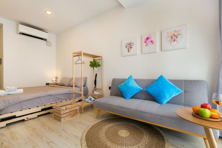 Phòng khách , Căn hộ Saigon Royal , Quận 4 Căn hộ Saigon Royal cửa hướng Tây Bắc, bàn giao đầy đủ nội thất hiện đại