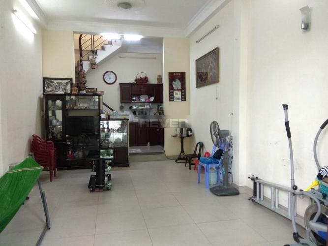 Bán nhà hẻm Huỳnh Tấn Phát, lộ giới 3m, sổ hồng riêng, dọn ở ngay.