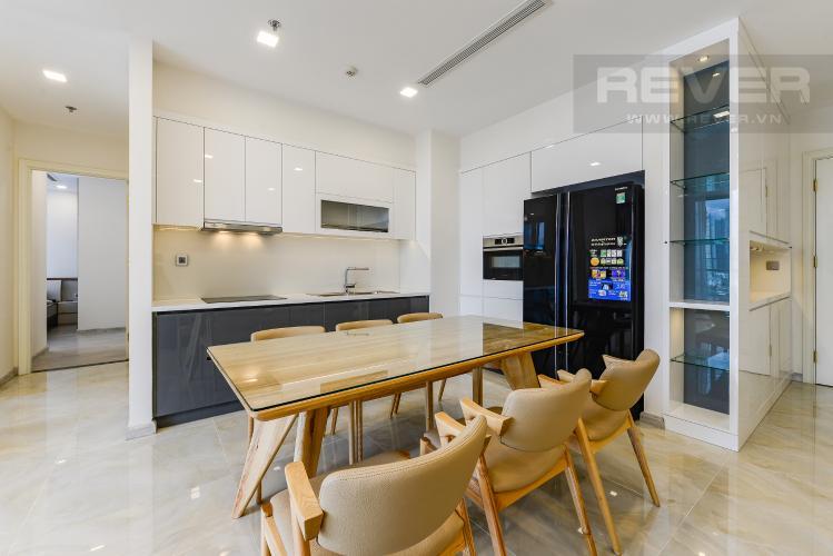 Bàn ăn - Bếp Căn hộ Vinhomes Golden River tầng thấp tòa Aqua 4, 73,3m2, 2 phòng ngủ, full nội thất