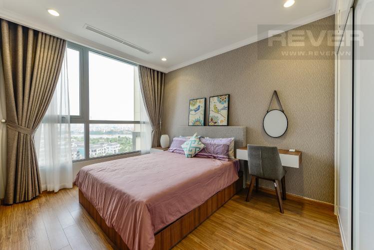 Phòng ngủ 2 Căn góc Vinhomes Central Park 3 phòng ngủ tầng thấp Landmark 2