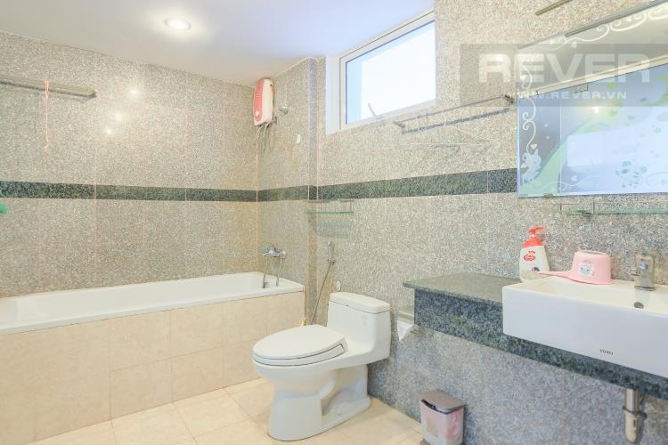 Phòng Tắm 1 Căn hộ Phú Hoàng Anh 4PN có tầng lửng, đầy đủ nội thất