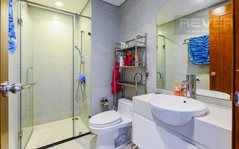 phòng tắm 3 Căn góc Vinhomes Central Park tầng cao C2 full nội thất, view sông