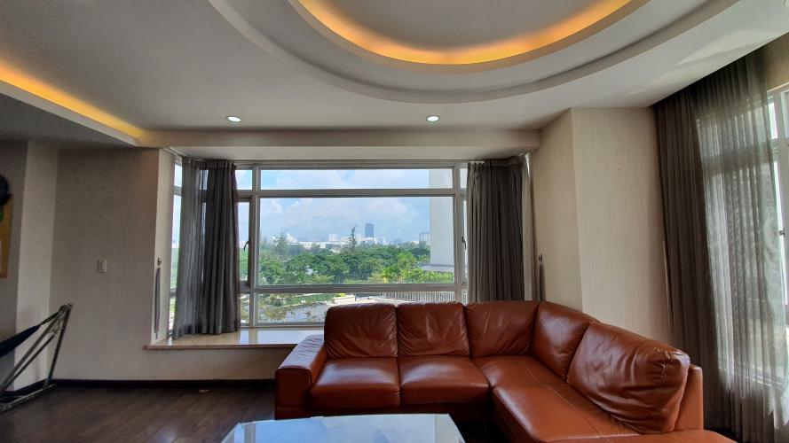 Bán căn hộ 3 phòng ngủ, nội thất đầy đủ Riverside Residence