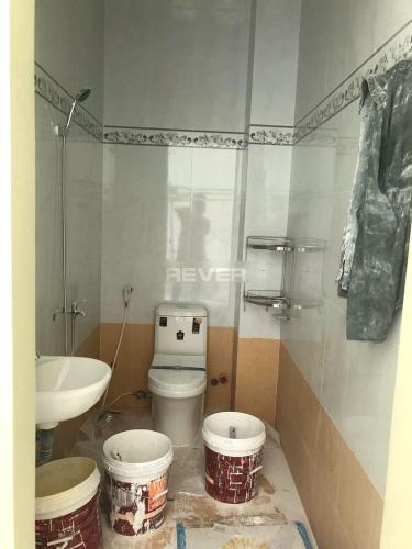 Phòng tắm mặt bằng Quận 9 Mặt bằng kinh doanh Quận 9 hướng Đông Nam, thuận tiện kinh doanh.