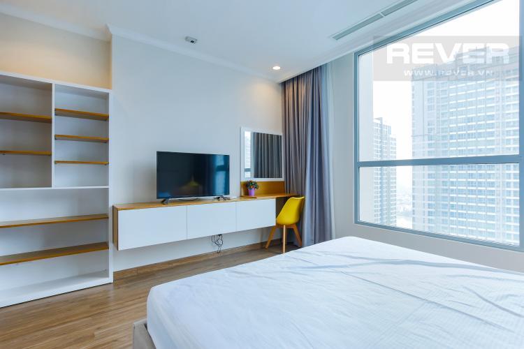 Phòng Ngủ 1 Căn hộ Vinhomes Central Park tầng cao hướng Đông Central 3