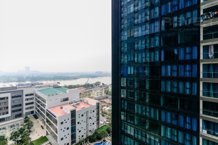 View Căn hộ Vinhomes Golden River 2PN, đầy đủ nội thất, view hồ bơi và sông Sài Gòn