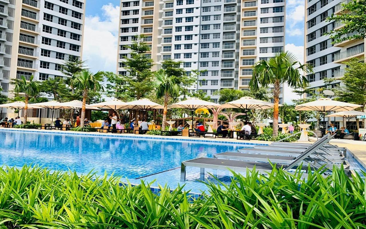 Hồ Bơi Bán căn hộ Palm Heights 2 phòng ngủ, tầng trung, tháp 1, bàn giao thô, view nội khu và sông Giồng Ông Tố