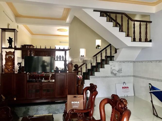 Phòng khách nhà đường Tân Lập 2 Quận 9 Nhà đường Tân Lập 2 Quận 9 134.8m2, gần ngã tư Thủ Đức.