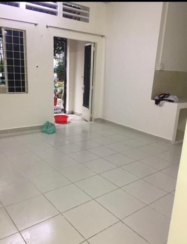 phòng khách nhà phố Bình Thạnh Bán nhà phố hẻm đường Phan Văn Trị, không có nội thất