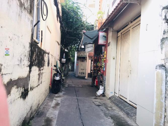 Bán nhà hẻm Phú Nhuận cách sân bay 10 phút di chuyển, giá cả thương lượng