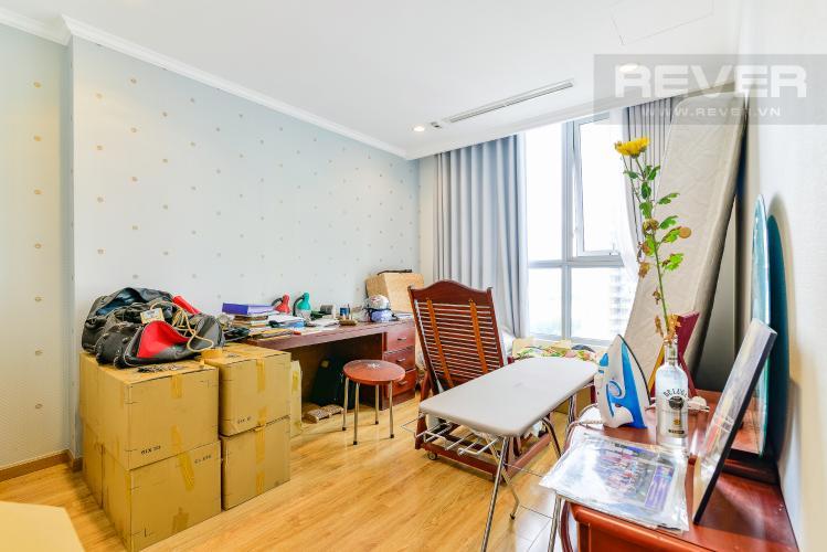 Phòng Ngủ 2 Căn hộ Vinhomes Central Park 4 phòng ngủ tầng trung C2 hướng Đông Nam