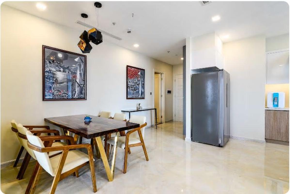 09 Bán căn hộ Vinhomes Golden River 2PN, tháp The Aqua 1, nội thất cơ bản, view sông và Landmark 81