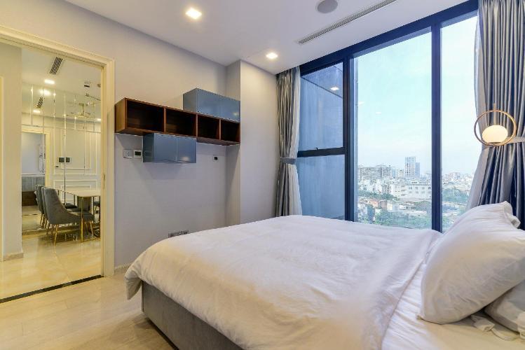 Phòng ngủ căn hộ Vinhomes Golden River Căn hộ Vinhomes Golden River tầng thấp đầy đủ nội thất tiện nghi.