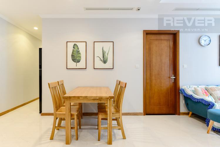 Bàn ăn Căn hộ Vinhomes Central Park 2 phòng ngủ, tầng thấp C2, nội thất đầy đủ