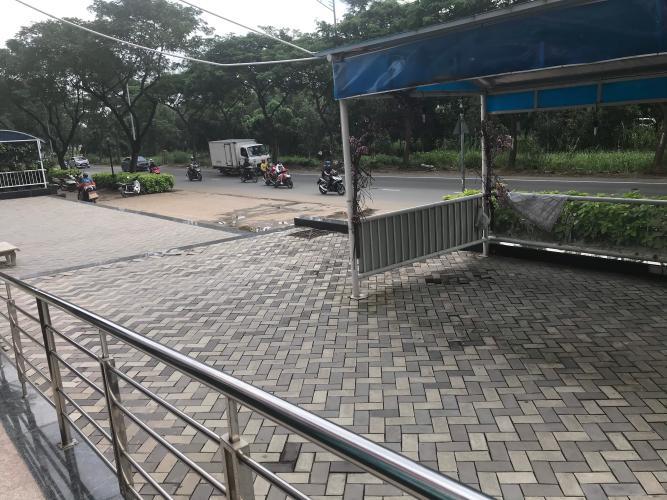 Mặt tiền đường trước Shophouse Phú Hoàng Anh Shophouse mặt tiền chung cư Phú Hoàng Anh, hoàn thiện cơ bản