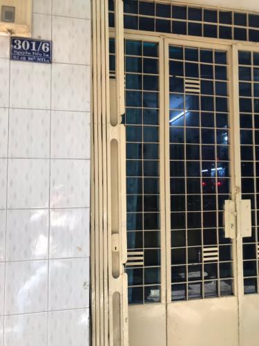 Bán nhà hẻm 301 đường Nguyễn Tiểu La, phường 8, Quận 10. Diện tích đất 44m2, diện tích sàn 130m2